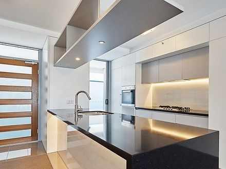 Apartment - 10405/30 Duncan...
