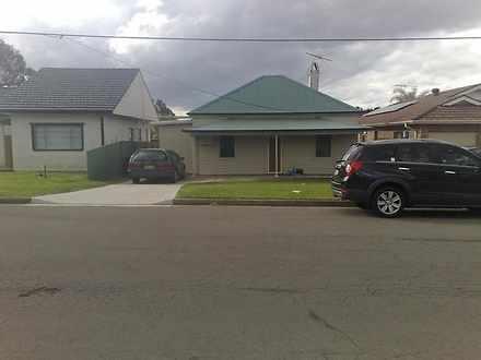 House - 2/3 Essex Street, B...