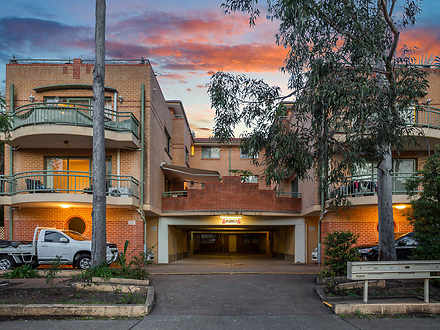 Unit - 1/12-14 Betts Street...