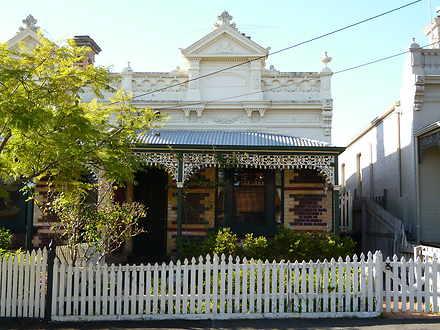 House - 15 Carnarvon Street...