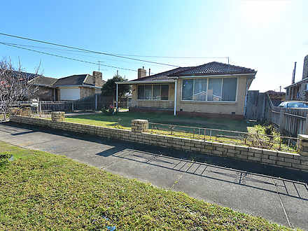 House - 34 Emerald Drive, S...