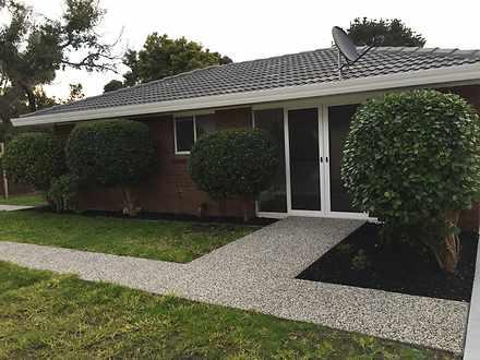 House - UNIT 2/21 Lavington...