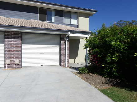 Townhouse - YX/99 PEVERELL ...