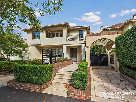 Townhouse - 8/110 Martin St...