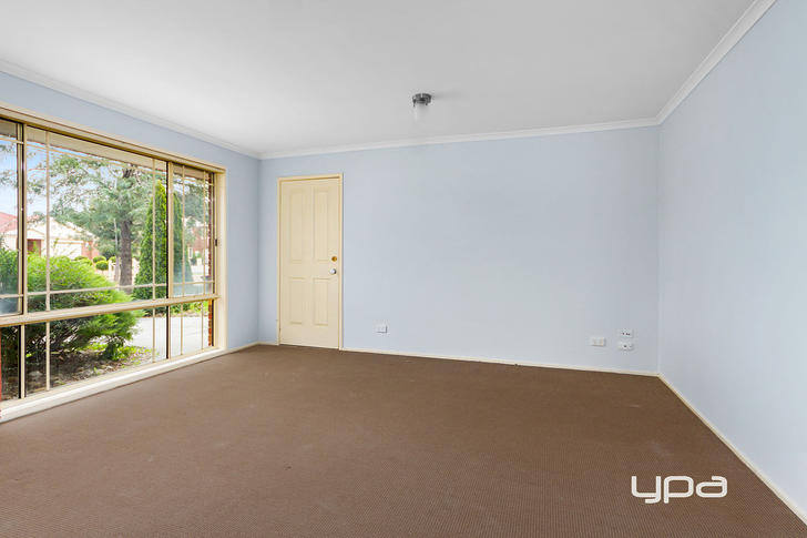 28 O'donnell Drive, Caroline Springs 3023, VIC House Photo