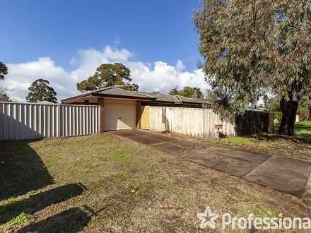 House - 32 Farmer Avenue, B...