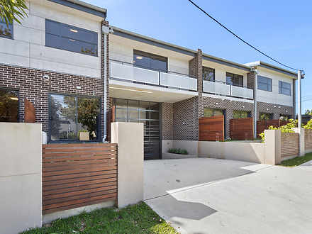 556 Warringah Road, Forestville 2087, NSW Studio Photo