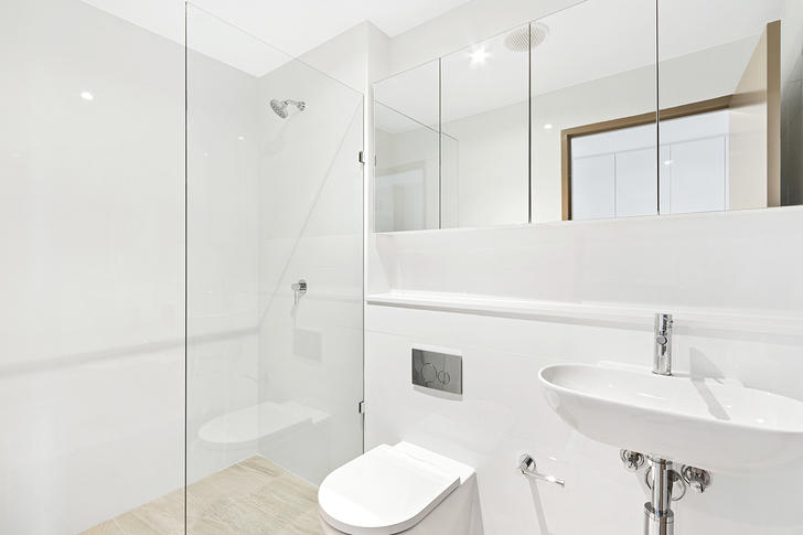 556 Warringah Road, Forestville 2087, NSW Studio Photo