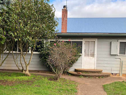 House - Leongatha North 395...