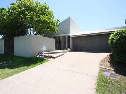 House - 1/2 Livingstone Str...