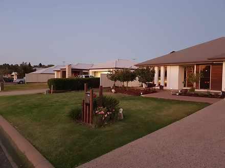 House - 42 Blue Gums Drive,...