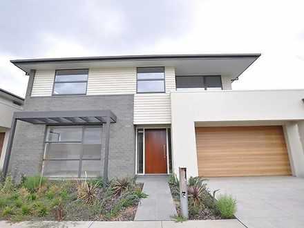 House - 6 Sabina Park Drive...
