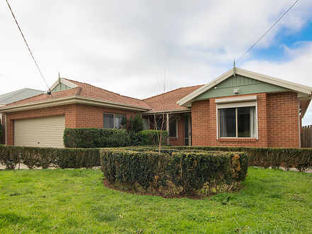 House - 10 Darcy Crescent, ...