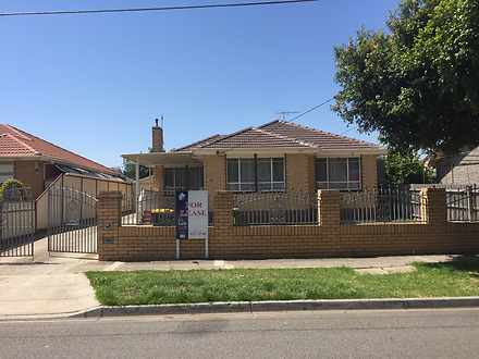 10 Chelmsford Crescent, St Albans 3021, VIC House Photo
