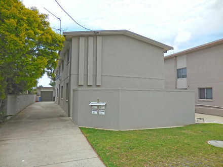 House - 2/5 Henry Philp Ave...