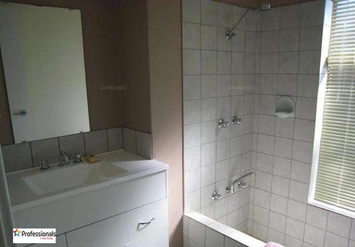 899646976f1f7840cf4276b5 18442 bathroom2 1595492101 primary