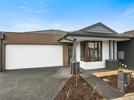 House - 5 Wicket Road, Clyd...