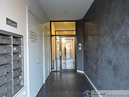 Apartment - 201/451 South R...