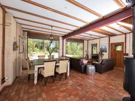 House - Hoddles Creek 3139,...