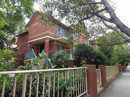 Townhouse - 2/50 Clark Road...