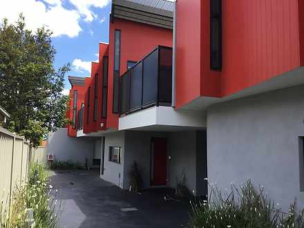 Townhouse - 2/87 Canning St...