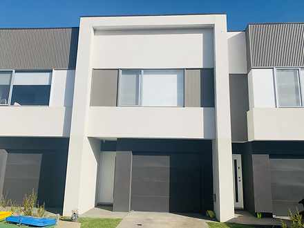 House - 6 Navy Crescent, Cr...