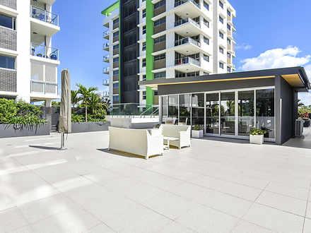 Apartment - 222/33 Lakefron...