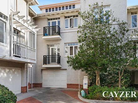 Apartment - 74 Esplanade We...