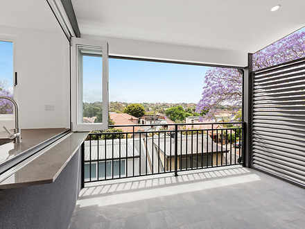 Apartment - 2/68 Coogee Bay...