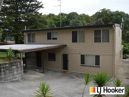 House - 27 Mooroobra Cresce...
