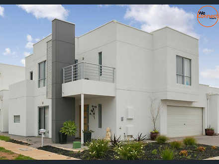 House - 3 Kenneth Street, F...