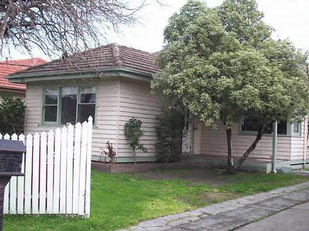 House - 70 Burden Street, S...