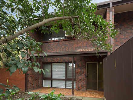 Townhouse - 1/133A Kensingt...