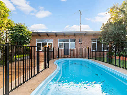 House - 660 Nepean Highway,...