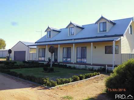 House - 621 Riverside Avenu...