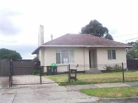 House - 17 Woods Street, La...
