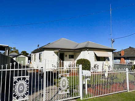 House - 256 Vincent Street,...