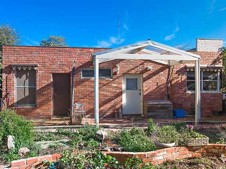 House - 2775 Old Melbourne ...