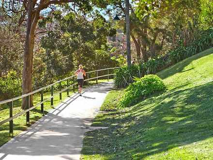 4eb9701f900bf19653ed7bbf 2120 1 location shot jogging %28medium%29 1596684622 thumbnail