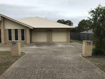 House - 2/11 Bahrs Point Dr...