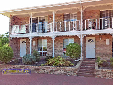 Townhouse - 7/121 Dempster ...
