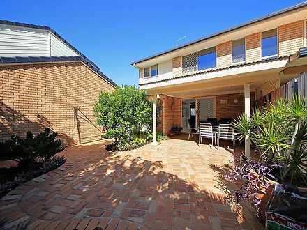 Townhouse - 2/107 Adelaide ...