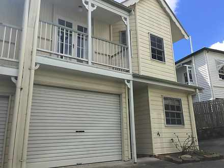 Townhouse - 1/30A Central A...