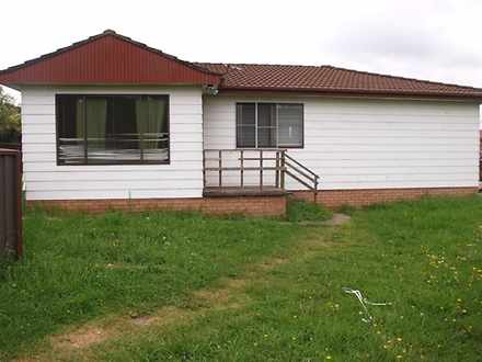 House - 32F Henry Lawson Dr...