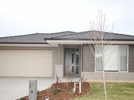 House - 37 Taworri Crescent...