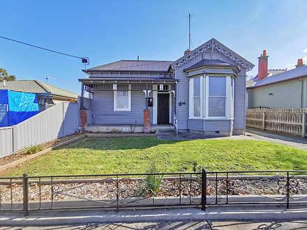 House - 208 Doveton Street ...