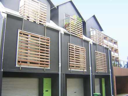 Apartment - 21 William Lane...