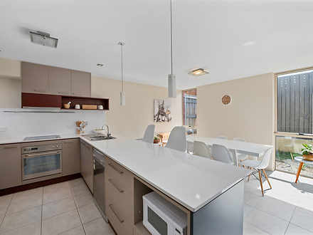 Townhouse - 4/301 Murray St...