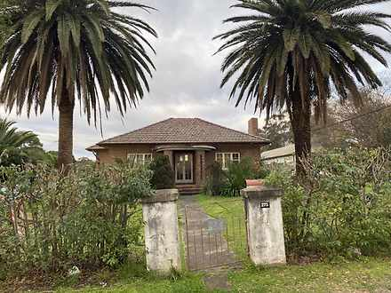 House - 275 Edmondson Avenu...