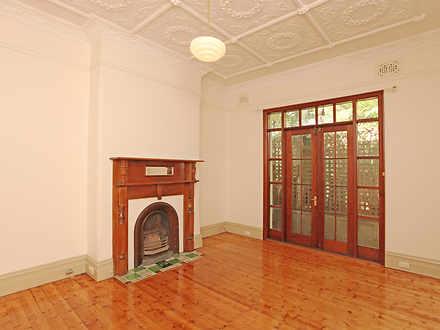 House - 32 Roseberry Street...